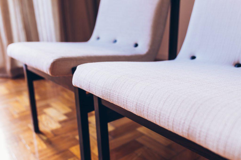 cadeira_novo_rumo_jacaranda_linho_-_1b_-_pe_palito_moveis_vintage