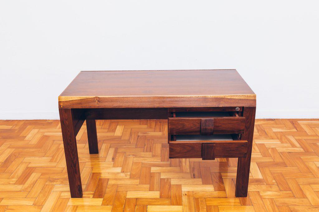 escrivaninha_italma_3_-_designer_jean_gillon_-_original_de_epoca_dec_60_jacaranda_-_pe_palito_vintage