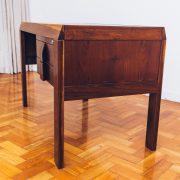 escrivaninha_italma_5_-_designer_jean_gillon_-_original_de_epoca_dec_60_jacaranda_-_pe_palito_vintage