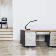 escrivaninha_moveis_fiel_2_streamline_moderne_-_original_de_epoca_brasil_industrial_design_-_pe_palito_vintage