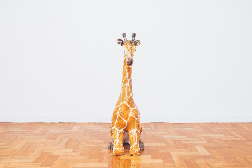 escultura_girafa_-_ceramica_plaster_-_original_de_epoca_-_sec.xx_-_3_-_pe_palito_vintage