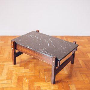 mesa_moderna_-_jacaranda_-_marmore_nero_pe_palito_vintage