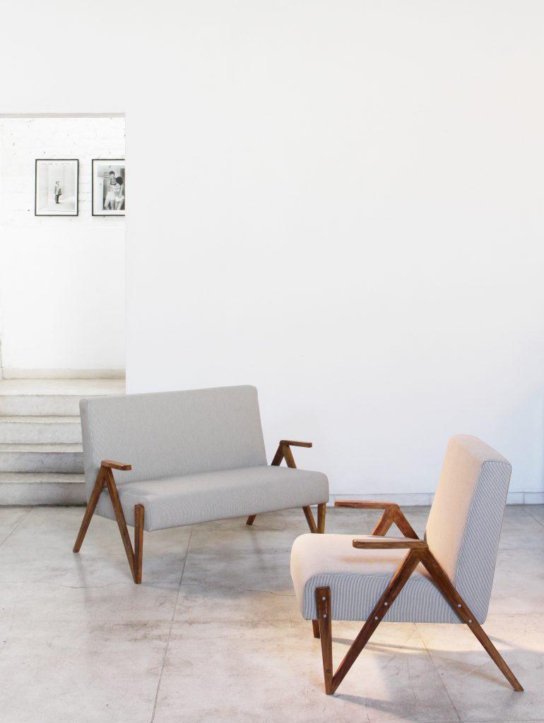 sofa_02_lugares_original_dec_50_-_02_-_pe_palito_vintage_a