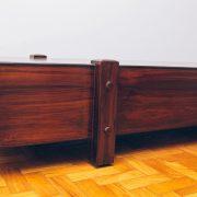 Banco Eleh Grande Jacarandá - 3 - pé palito vintage
