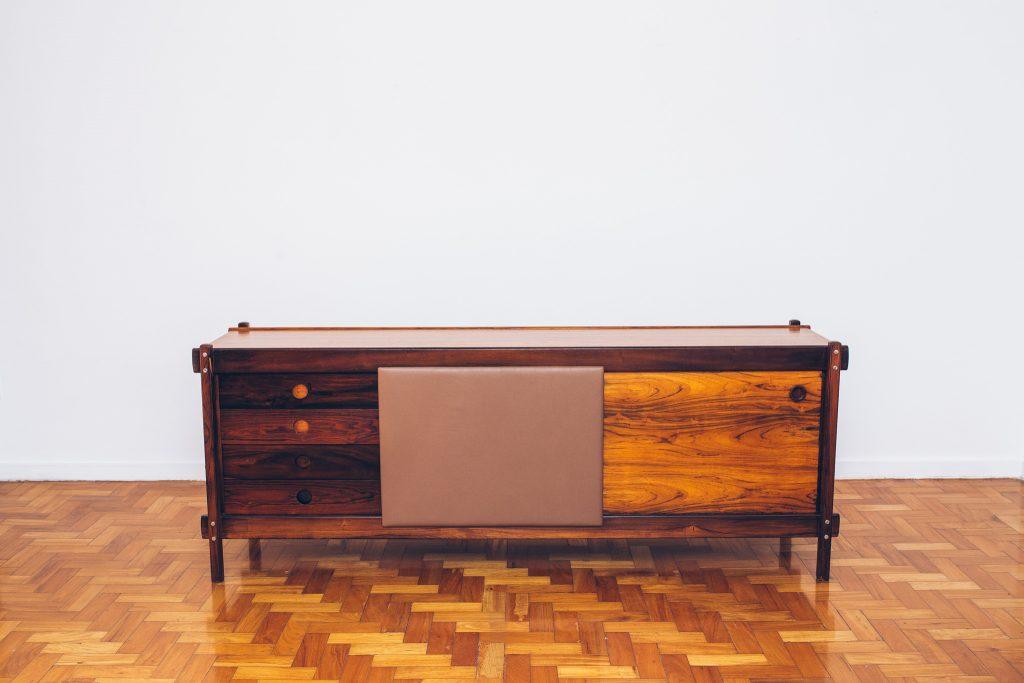 Buffet Sergio Rodrigues - 1 - Jacarandá - Pé Palito Vintage