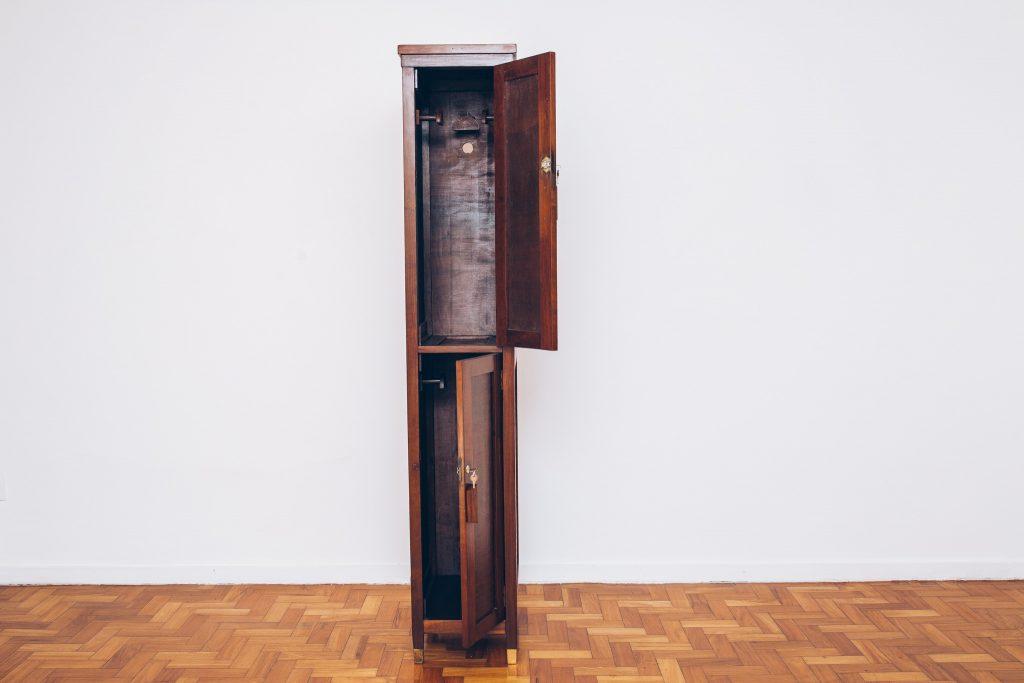Casaqueiro Golden Age – 2 – pé palito vintage