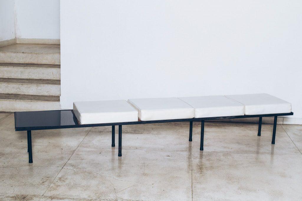 Banco com mesa de apoio Original de Época 1 - Anos 60 - Pé Palito Vintage