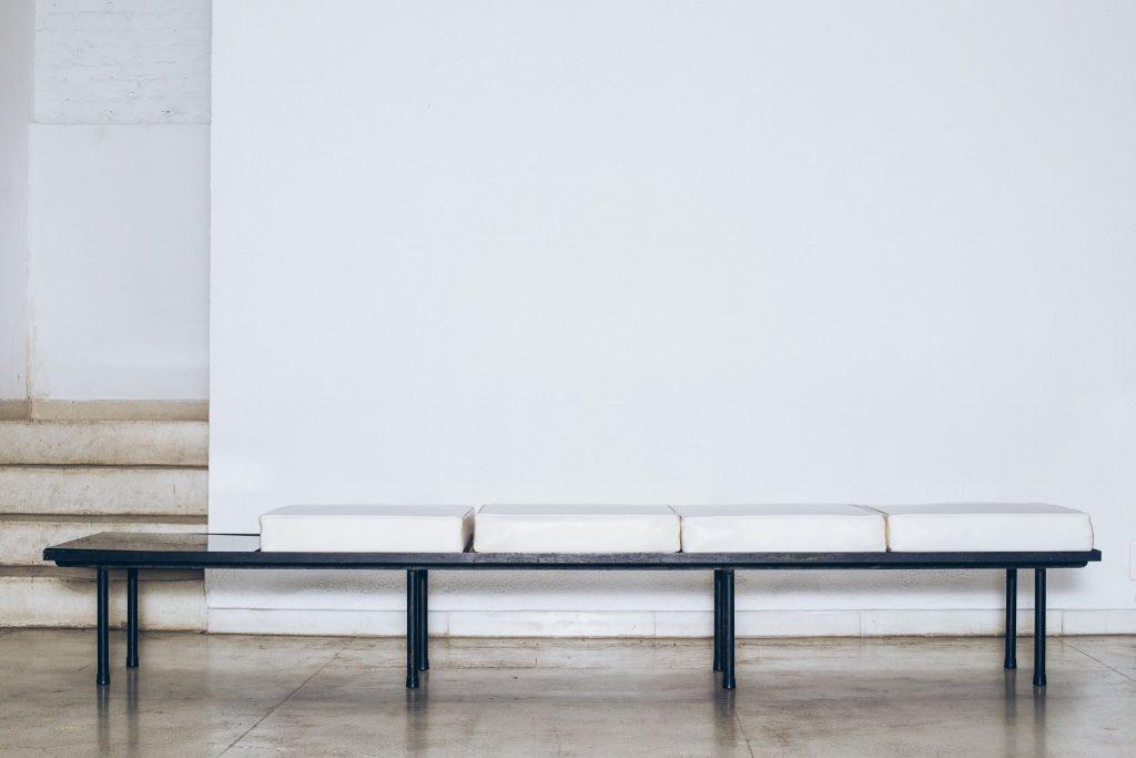 Banco com mesa de apoio Original de Época 4 - Anos 60 - Pé Palito Vintage