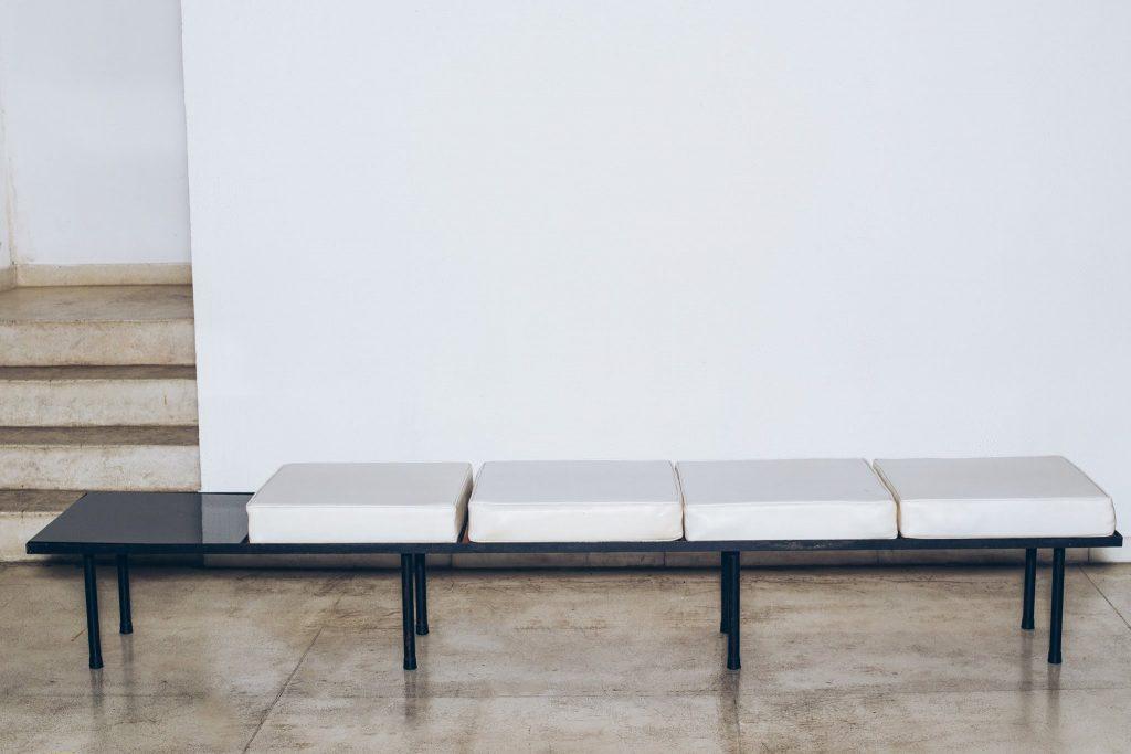 Banco com mesa de apoio Original de Época 5 - Anos 60 - Pé Palito Vintage