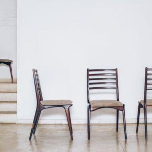 Cadeira Jacarandá Maciço e Pelica 1 - Anos 50 - Pé Palito Vintage