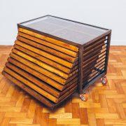 Gaveteiro Tipográfico Industrial tampo vidro 2 - Pé Palito Vintage