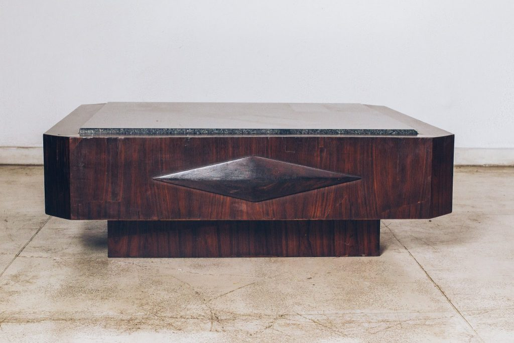 Mesa Centro Geometria Original Anos 60 - Jacarandá - 2 - Pé Palito Vintage