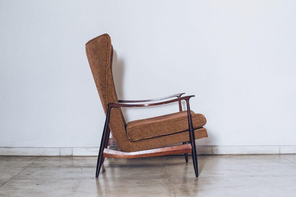Poltrona Jacarandá Móveis CIMO Anos 60 - 2 - Pé Palito Vintage