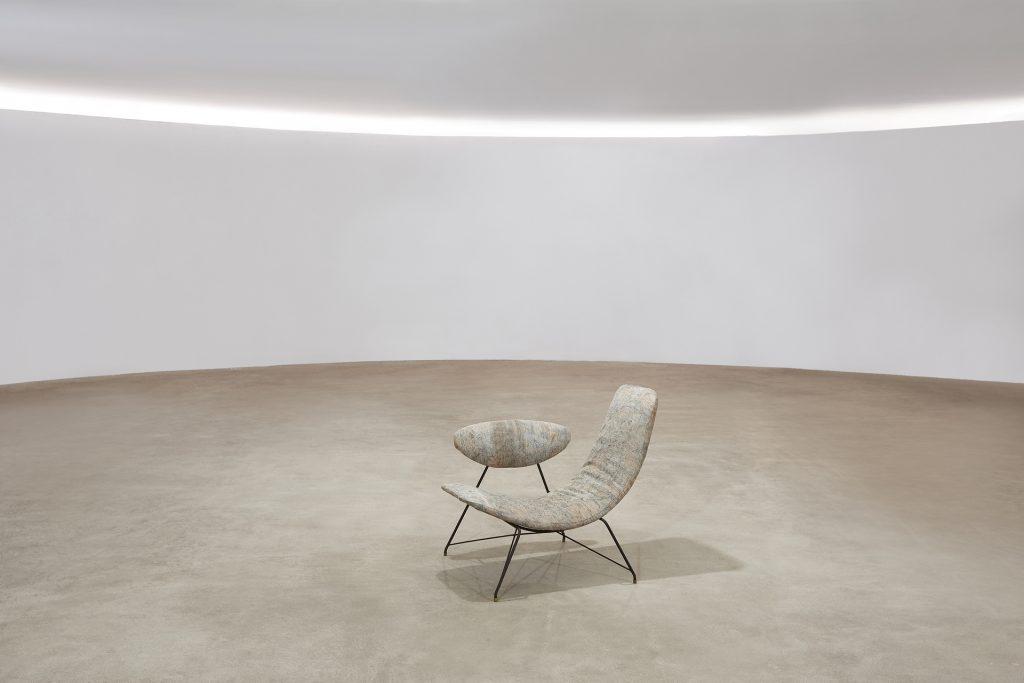 BB---Poltrona-Reversível-Anos-50---Martin-Eisler-e-Carlo-Hauner-Manufatura-Forma-Móveis---3---Pé-Palito-Vintage---Photo-Henrique-Falci