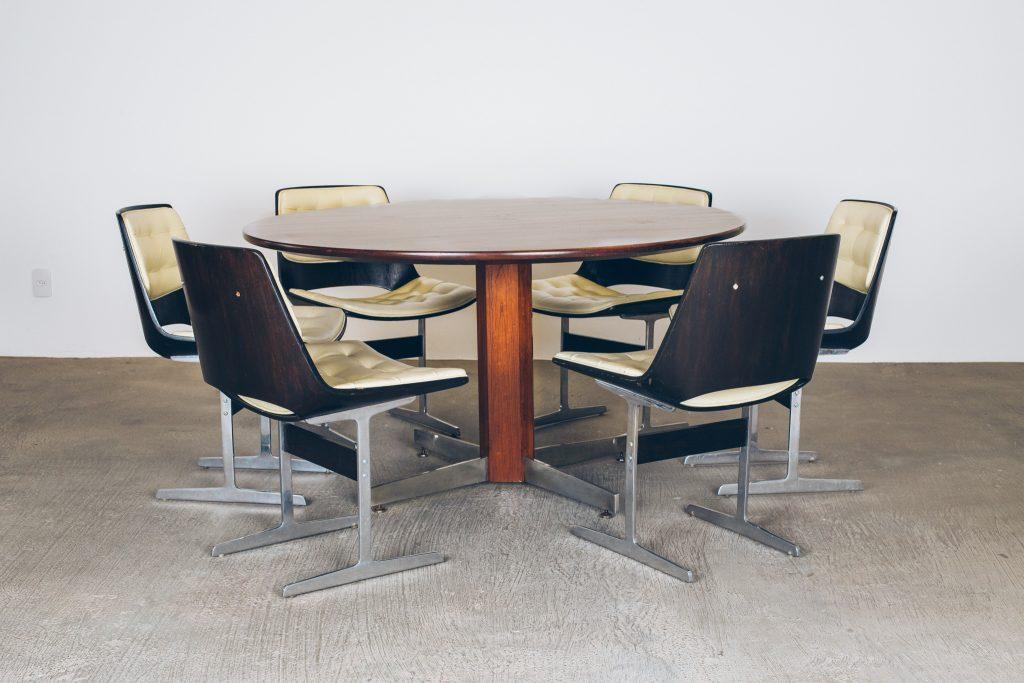 Mesa de Jantar LAtelier - 1 - Pé Palito Vintage