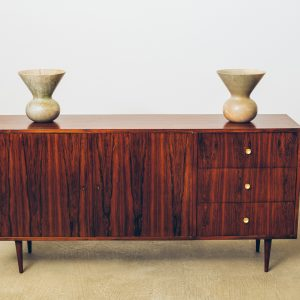 Buffet Geraldo de Barros Jacarandá com Selo Unilabor - Brazil Modern - 1 - Pé Palito Vintage