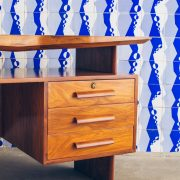 Escrivaninha Modernista Caviúna Atribuída a Giuseppe Scapinelli - Brazil Modern - 3 - Pé Palito Vintage