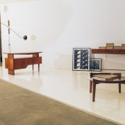 Escrivaninha Modernista Caviúna Atribuída a Giuseppe Scapinelli - Brazil Modern - 5 - Pé Palito Vintage