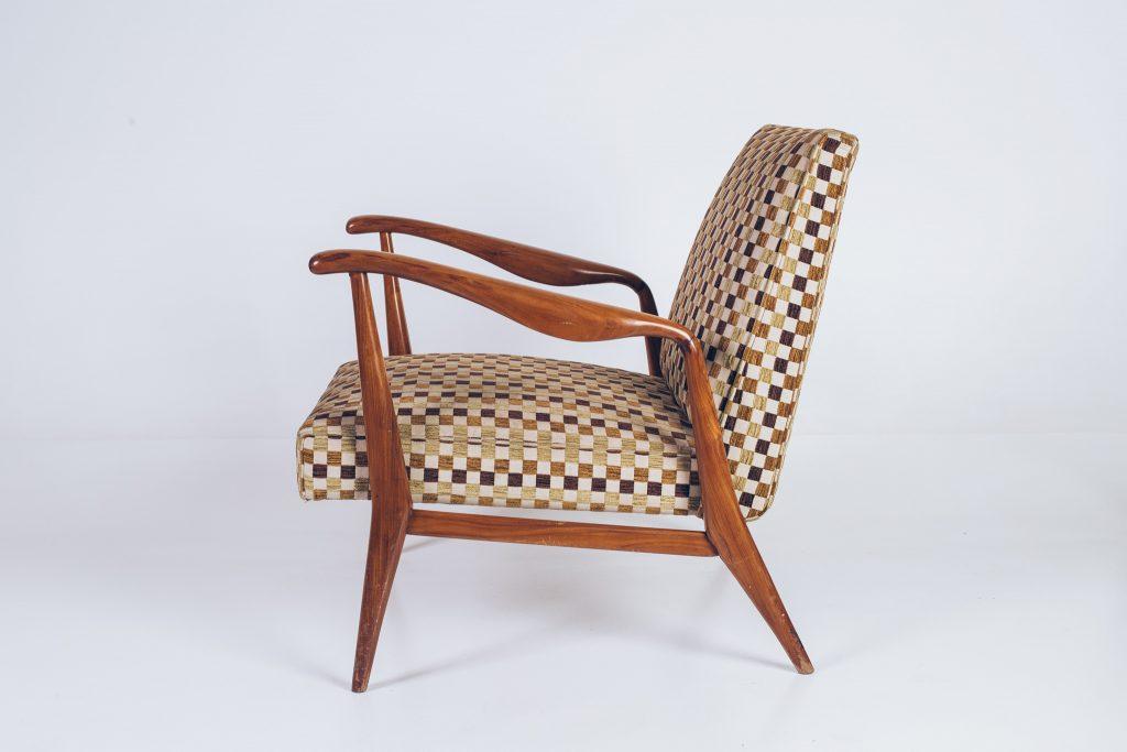 Poltrona Caviúna Anos 50 - 2 - Pé Palito Vintage