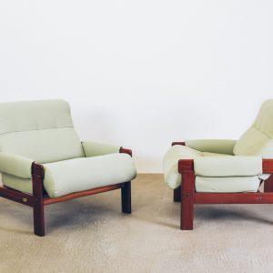 Poltrona Jean Gillon Anos 60 - 1 - Pé Palito Vintage