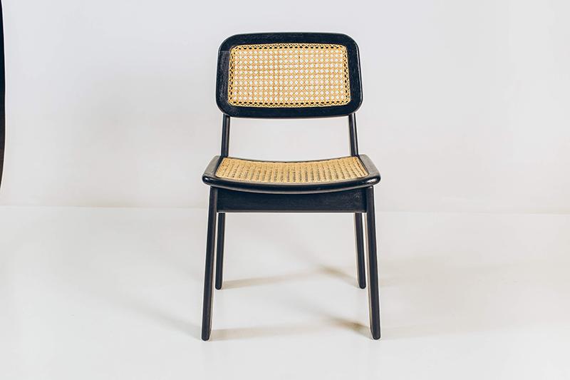 Cadeiras-Hobjeto---03---Pé-Palito-Vintage