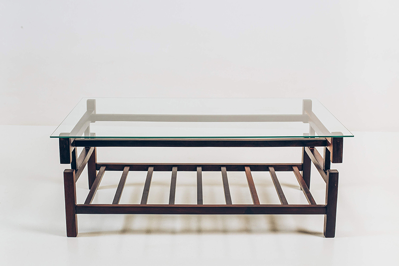 Mesa-de-Centro-Jacarandá-Tampo-de-vidro---02---Pé-Palito-Vintage