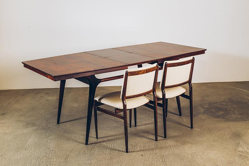 Mesa-de-Jantar-Carlo-Hauner---03---Pé-Palito-Vintage
