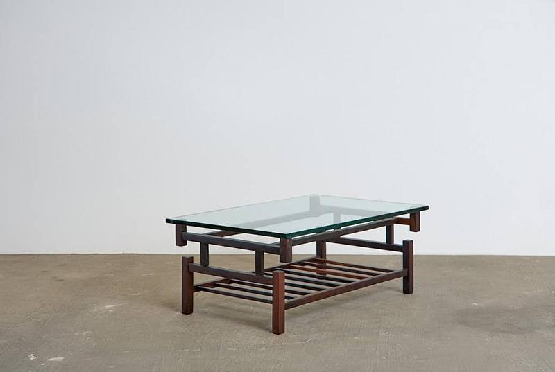 mesa-de-centro-branco-e-preto---1---pe-palito-vintage