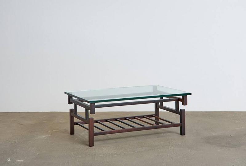 mesa-de-centro-branco-e-preto---2---pe-palito-vintage