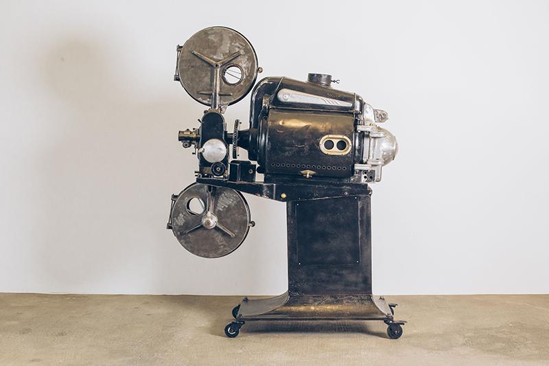 Projetor-de-Cinema-1---Pé-Palito-Vintage