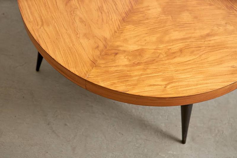 mesa-de-centro-redonda-pau-marfim---2---pe-palito-vintage
